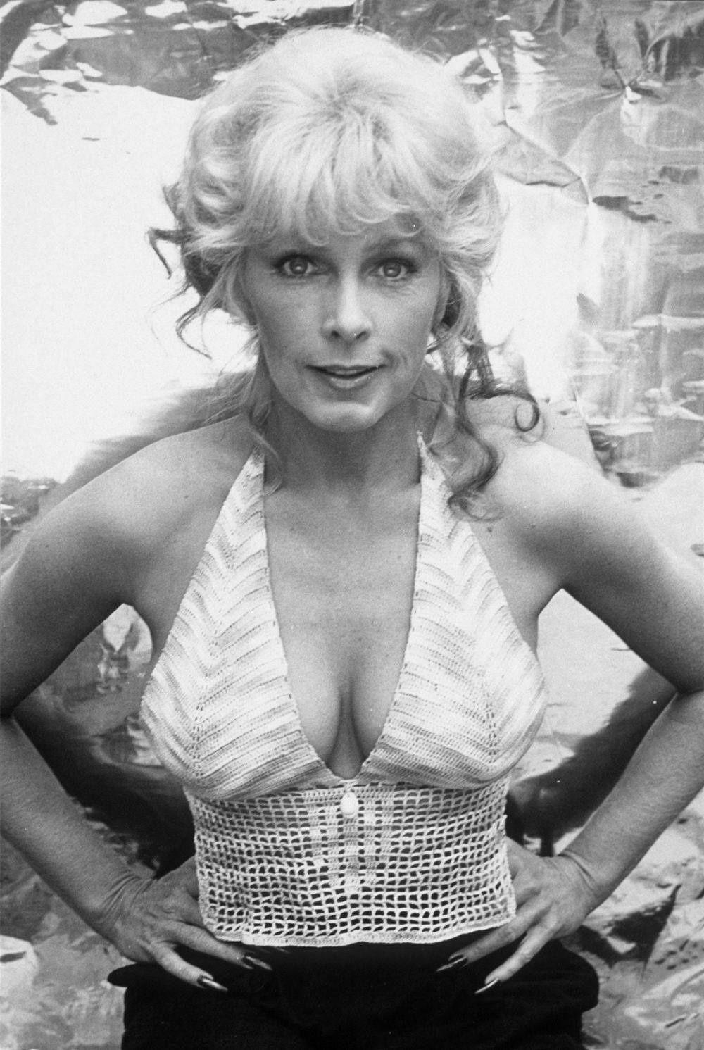 Thomas Sangster (born 1990),Georgia Engel born July 28, 1948 (age 70) Erotic videos Elyse Sewell,Michelle Ryan (born 1984)