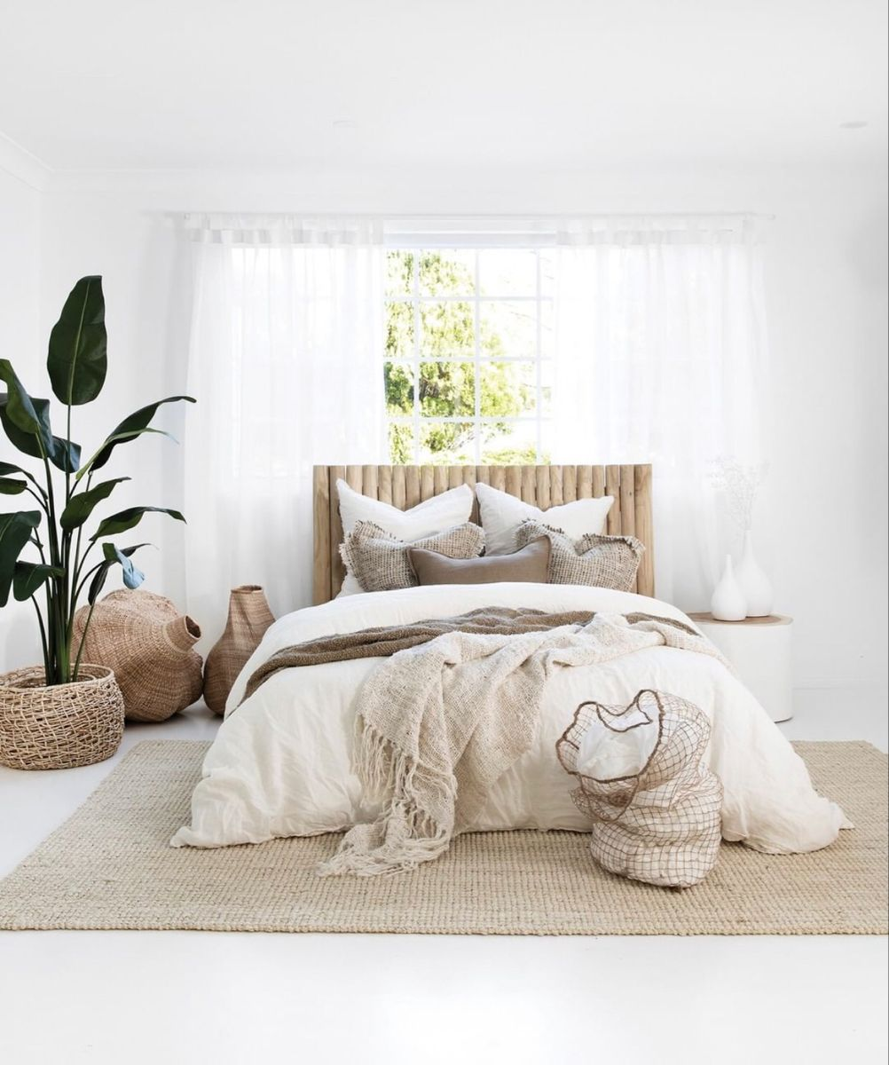 Pin by Alyssa on House & Yard in 2020 Bedroom decor