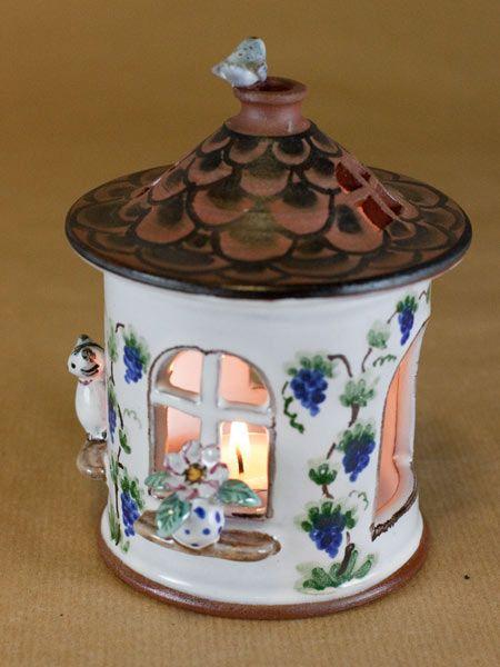 t pfern windlicht haus mit figuren aus keramik bunt t pfern pinterest. Black Bedroom Furniture Sets. Home Design Ideas