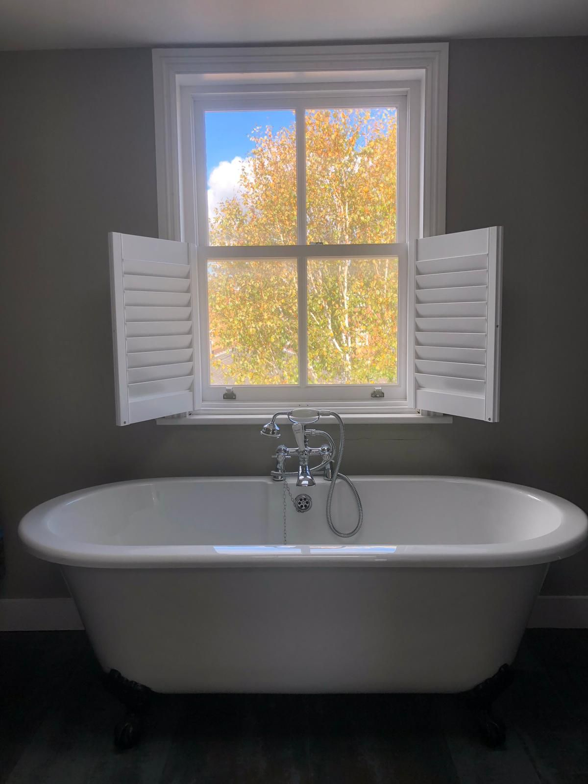 Bathroom Shutters in 2020   Small bathroom makeover, Cafe ...