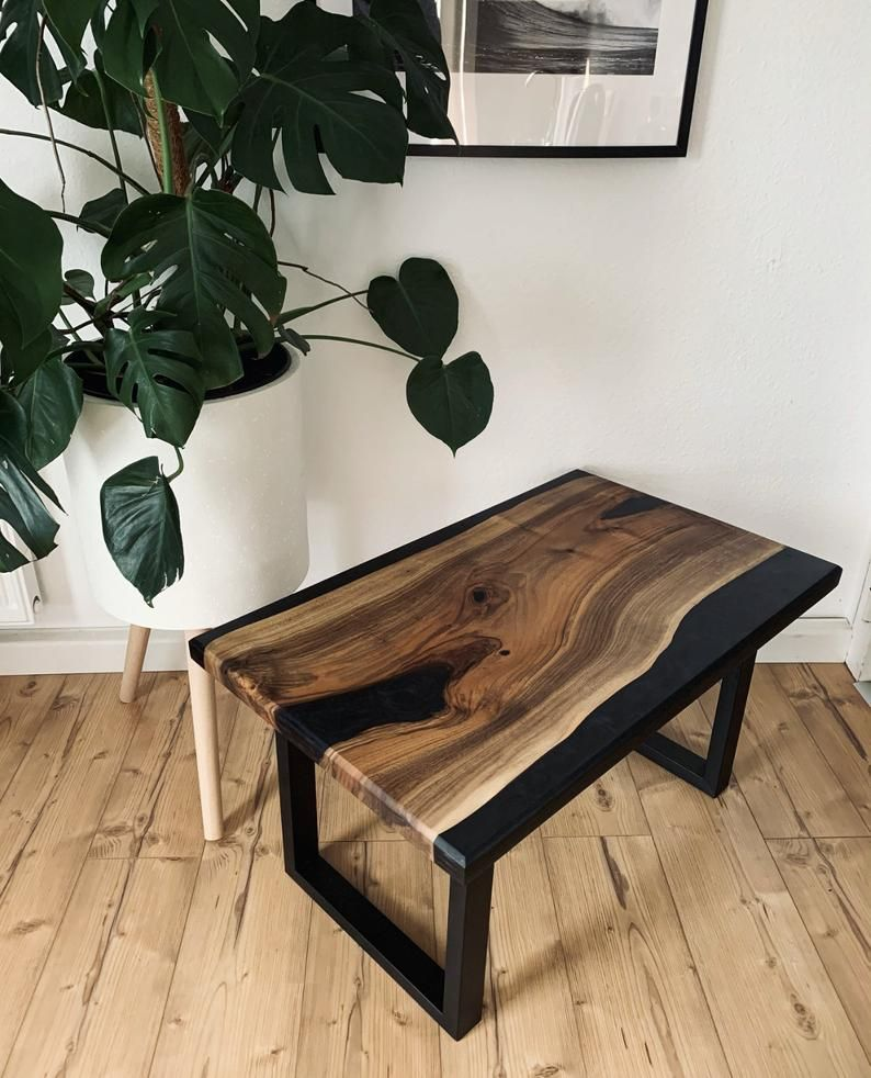 Woodbaydesign epoxy coffeetable