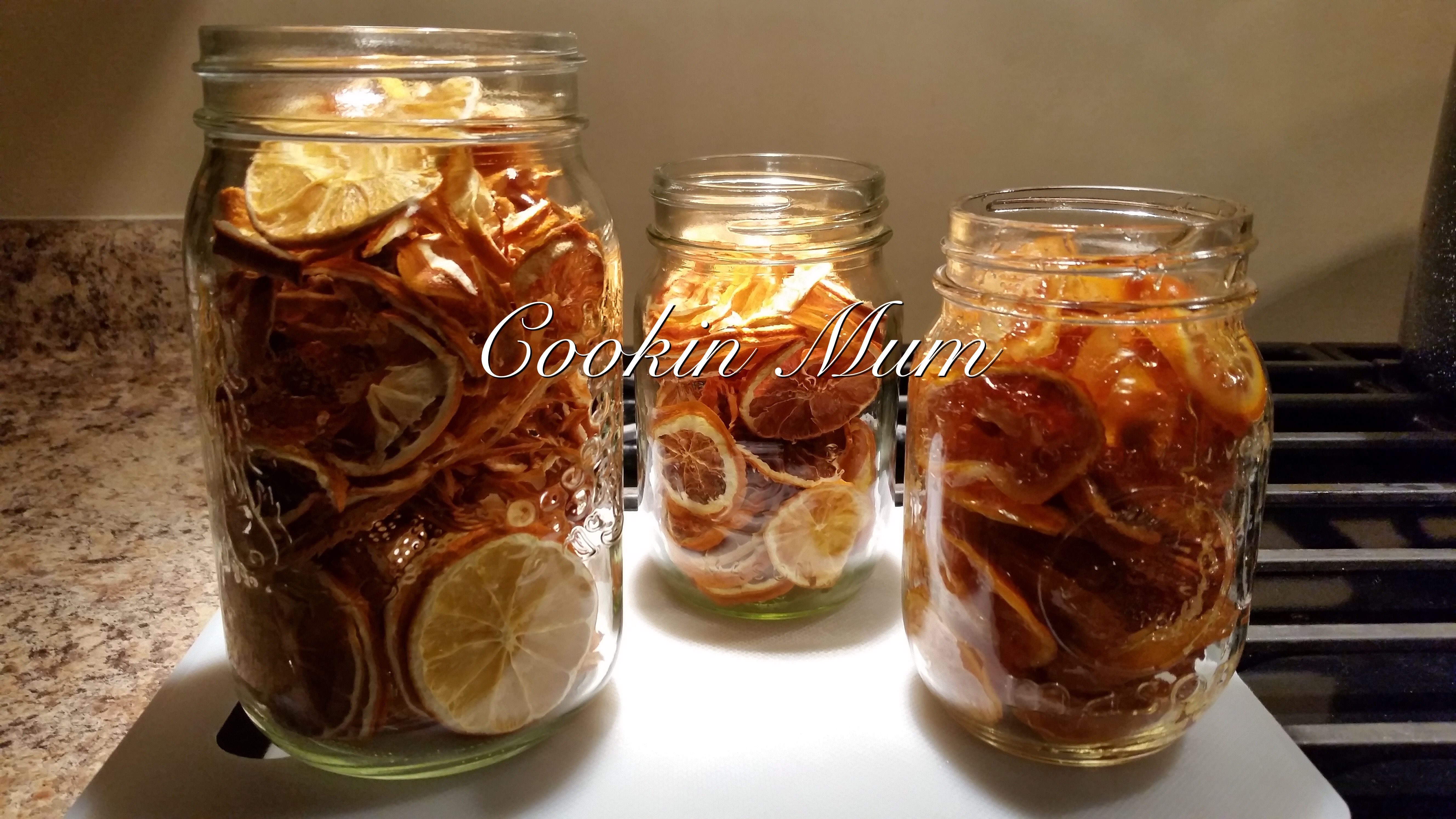 Here we have some Lemons and Oranges I dehydrated. It a great way to save produce and store for the winter. Use them in Tea. Use them as powder just grind in a coffee grinder. Mix with sugar and voila orange sugar or lemon sugar