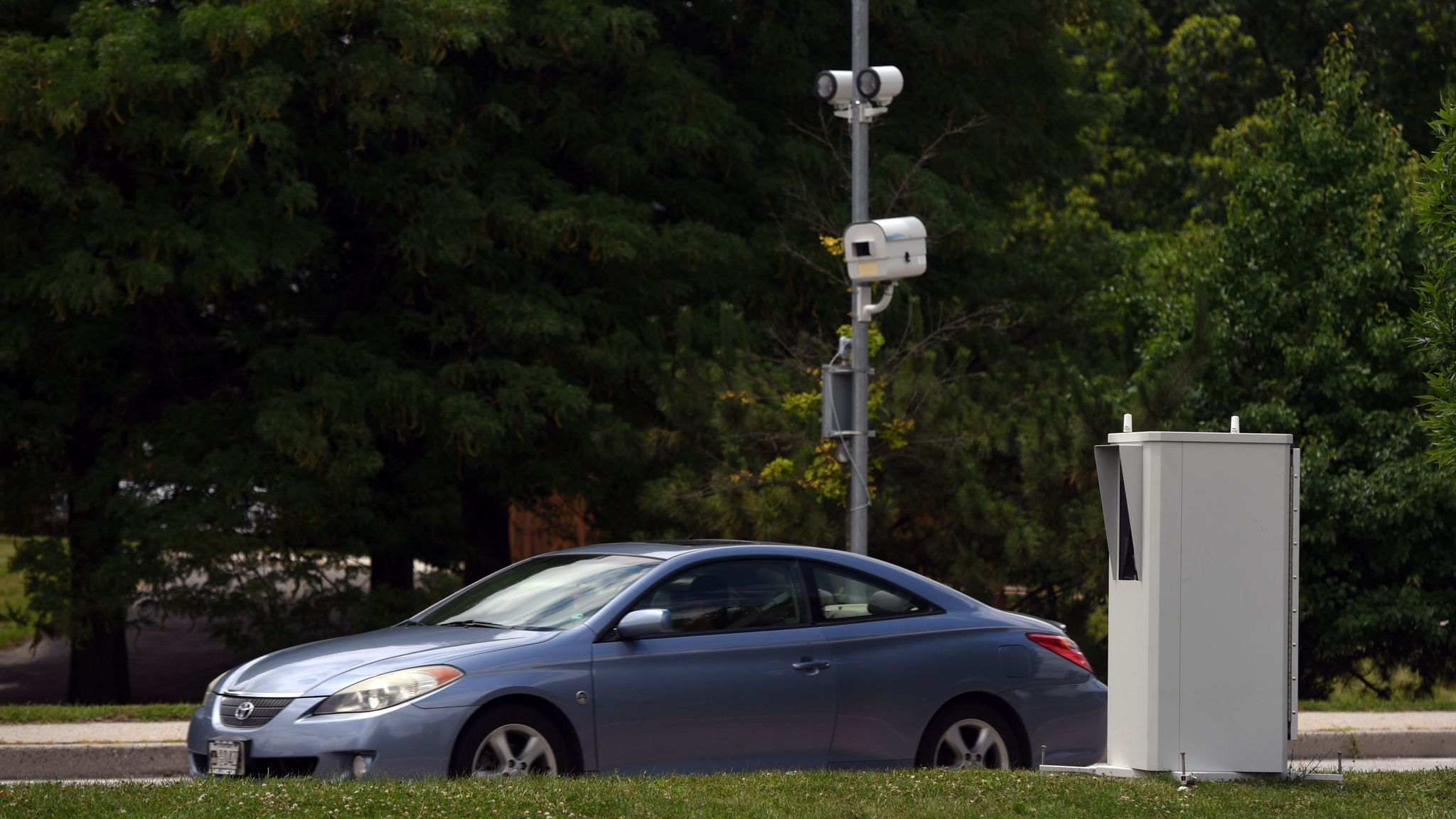Baltimore Expands Speed And Red Light Camera System Red Light Camera Light Red Light