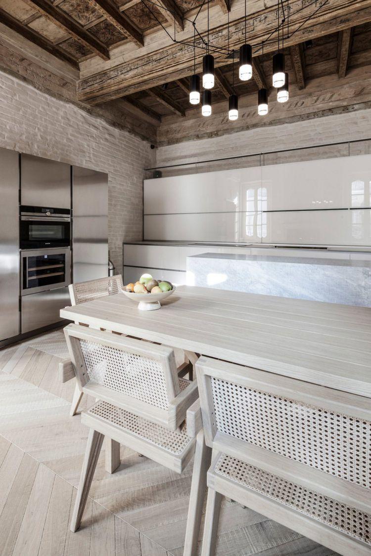 Alt und Neu -einrichten-wohnstil-mixen-minimalistische-küche ...