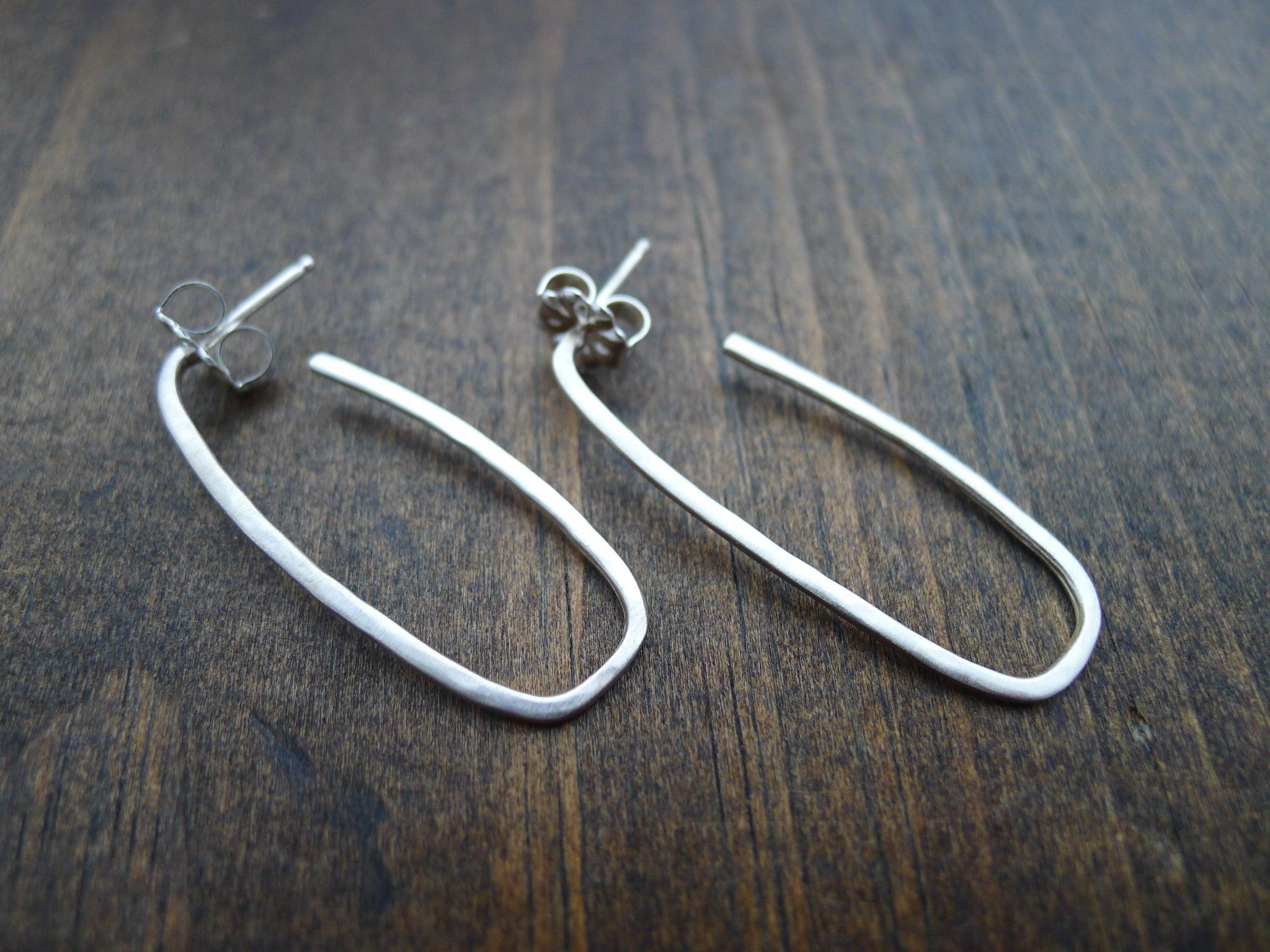 thin hammered rectangle hoops