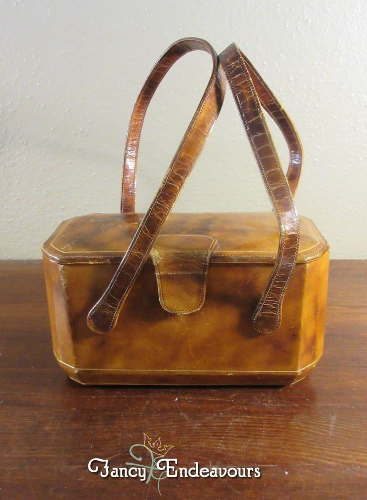 Vintage Italian Leather Box Purse with Mirror #Unbranded #BoxPurse