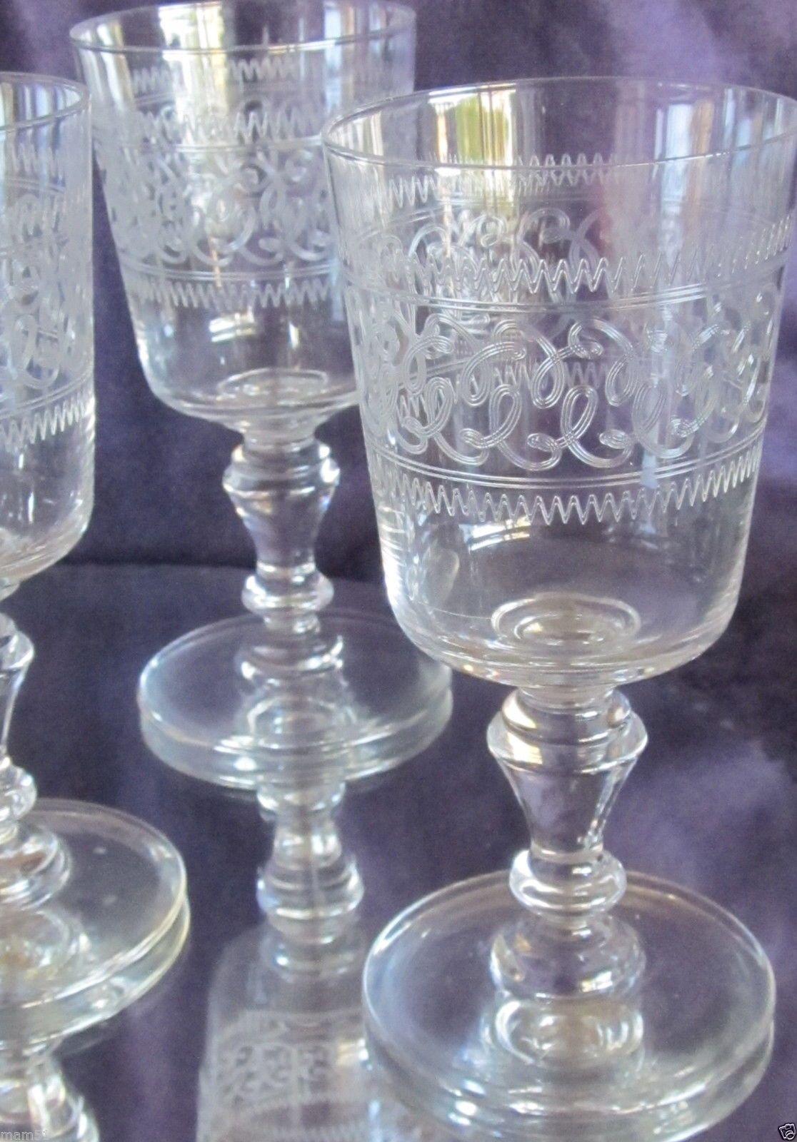Baccarat 19 Me S Rie De 9 Verres Vin Blanc Porto En Cristal  # Verres Noirs Et Blanc