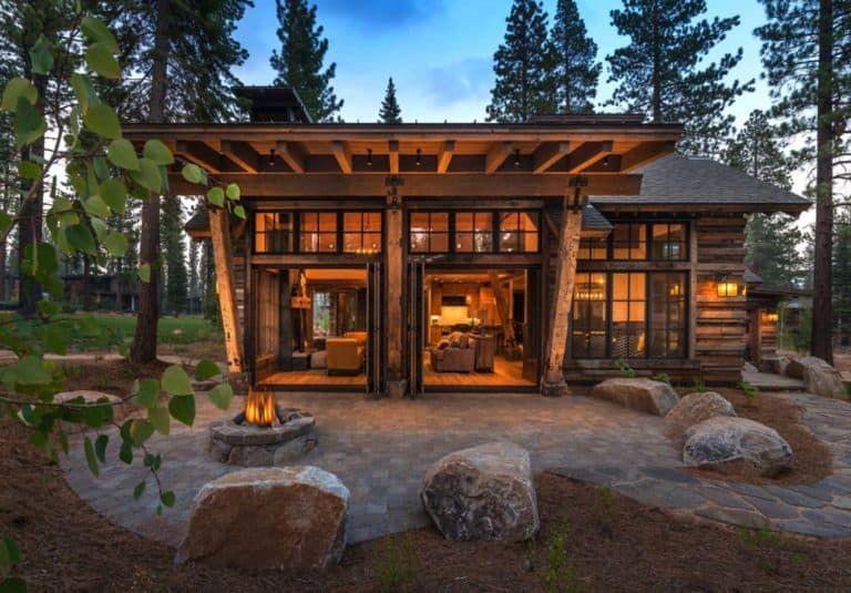 Cozy Mountain Style Cabin Getaway In Martis Camp California Small House Exteriors Rustic Home Design House Exterior