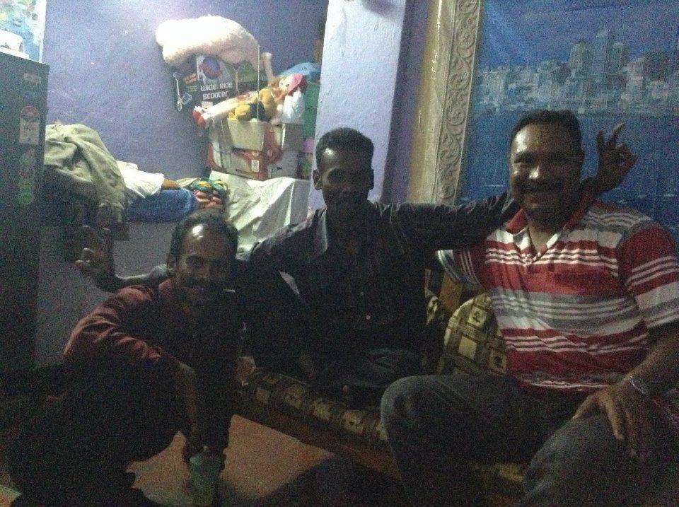 """Job 6 : Découverte du service """"pricing management"""" chez Adecco Bangalore - Tolotra en Inde : David, Duleep et Rhenious, les nouveaux amis indiens de Tolotra #Waytowork #adecco2013 http://adecco.fr"""