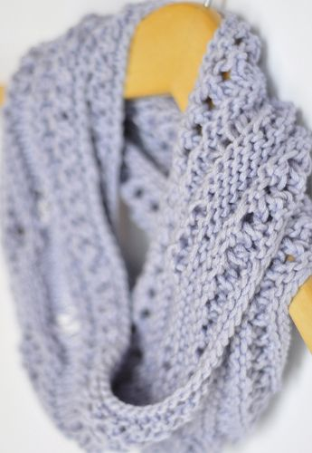 Pretty Simple Moebius Free Pattern At Tree Frog Knits Crafty