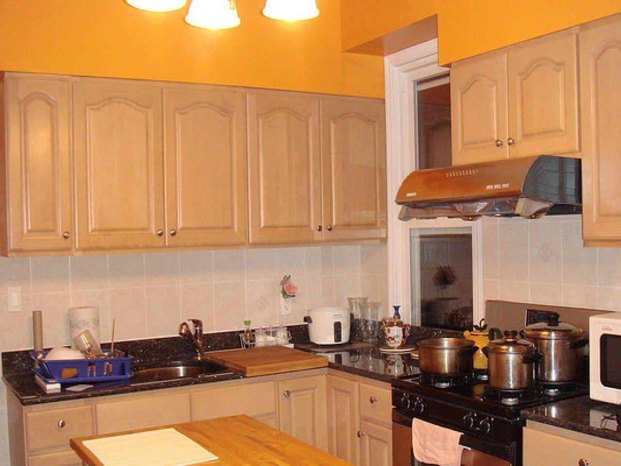 Warm Kitchen Paint Colors Maple Kitchen Cabinets Warm ...