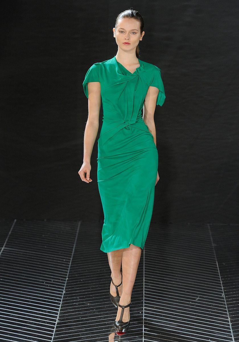 Roland Mouret Fall 2011 RTW Short Or Long I Love This Jeweled Green Tone Origami DressReview