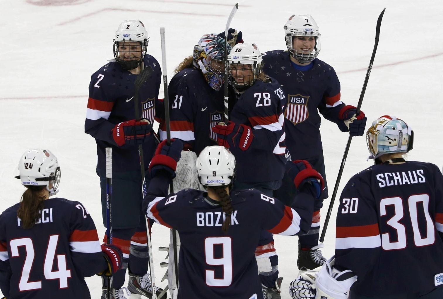 Sochi2014 Ice Hockey Women S Play Offs Semifinals Usa 6 Sweden 1 The United States Beat Sweden 6 1 On Mo Usa Hockey Winter Olympics Hockey Playoffs