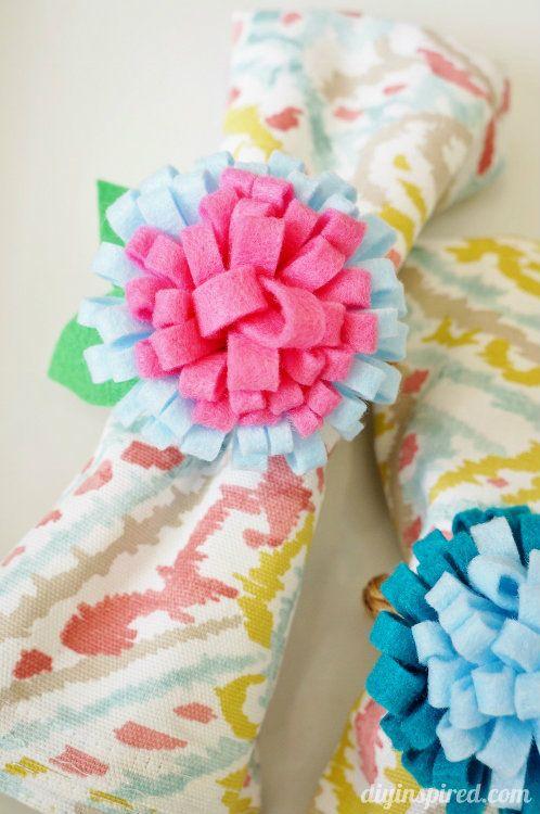 Easy Felt Flower Napkin Ring Tutorial