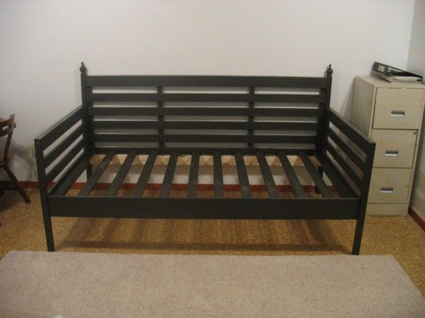 Indoor daybed without canopy Do It Yourself Home Projects from Ana