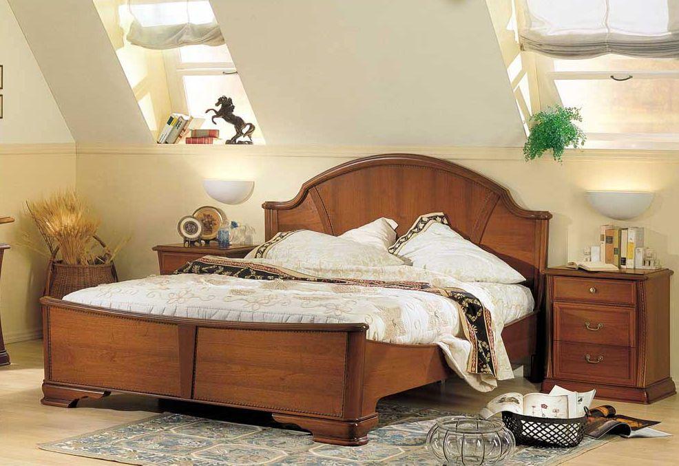 Camas clasicas de madera buscar con google decoracion for Recamaras con cabecera tapizada