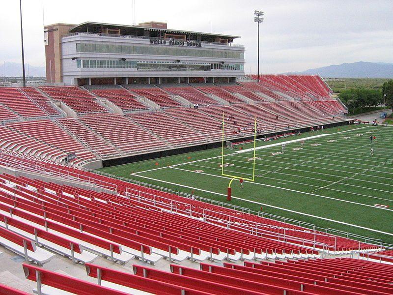 File Unlvsamboydstadium Jpg The Places Youll Go Mountain West Conference Stadium