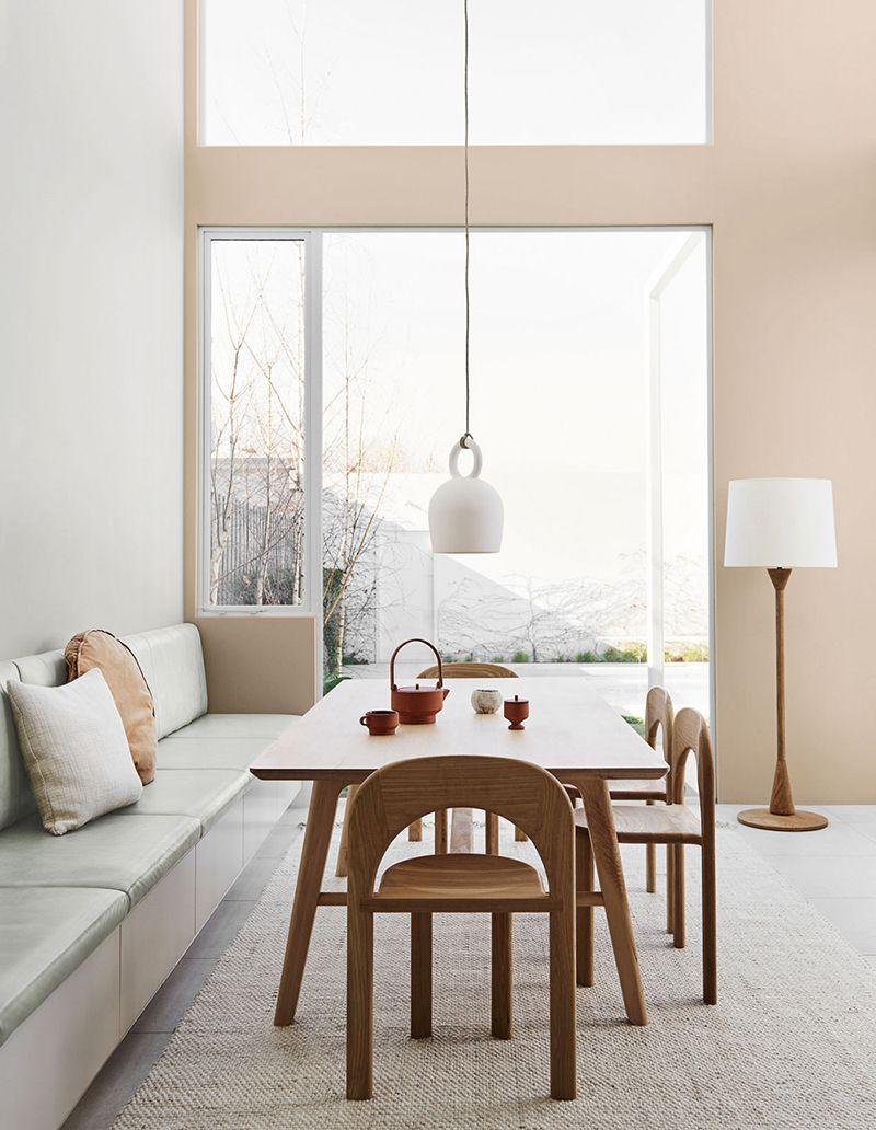 Kakie Cveta V Interere Budut Modnymi V 2020 Vzglyad Iz Avstralii Foto Idei Dizajn Neutral Interior Design House Interior Interior Design