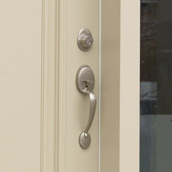 Install An Exterior Door Handle Or Lockset Poignee De Porte Poignees De Portes Exterieures Porte D Entree