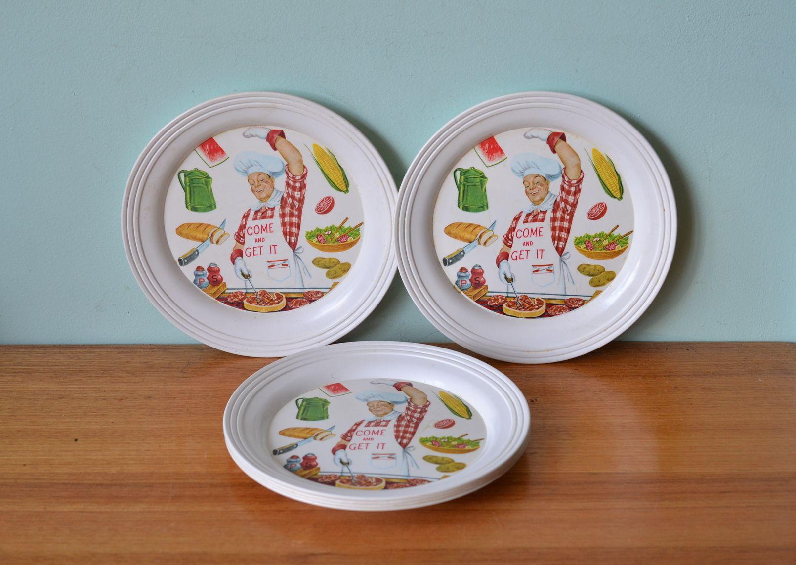 Vintage British plastics plates picnic ware x 6 - Funky Flamingo & Vintage British plastics plates picnic ware x 6 - Funky Flamingo ...