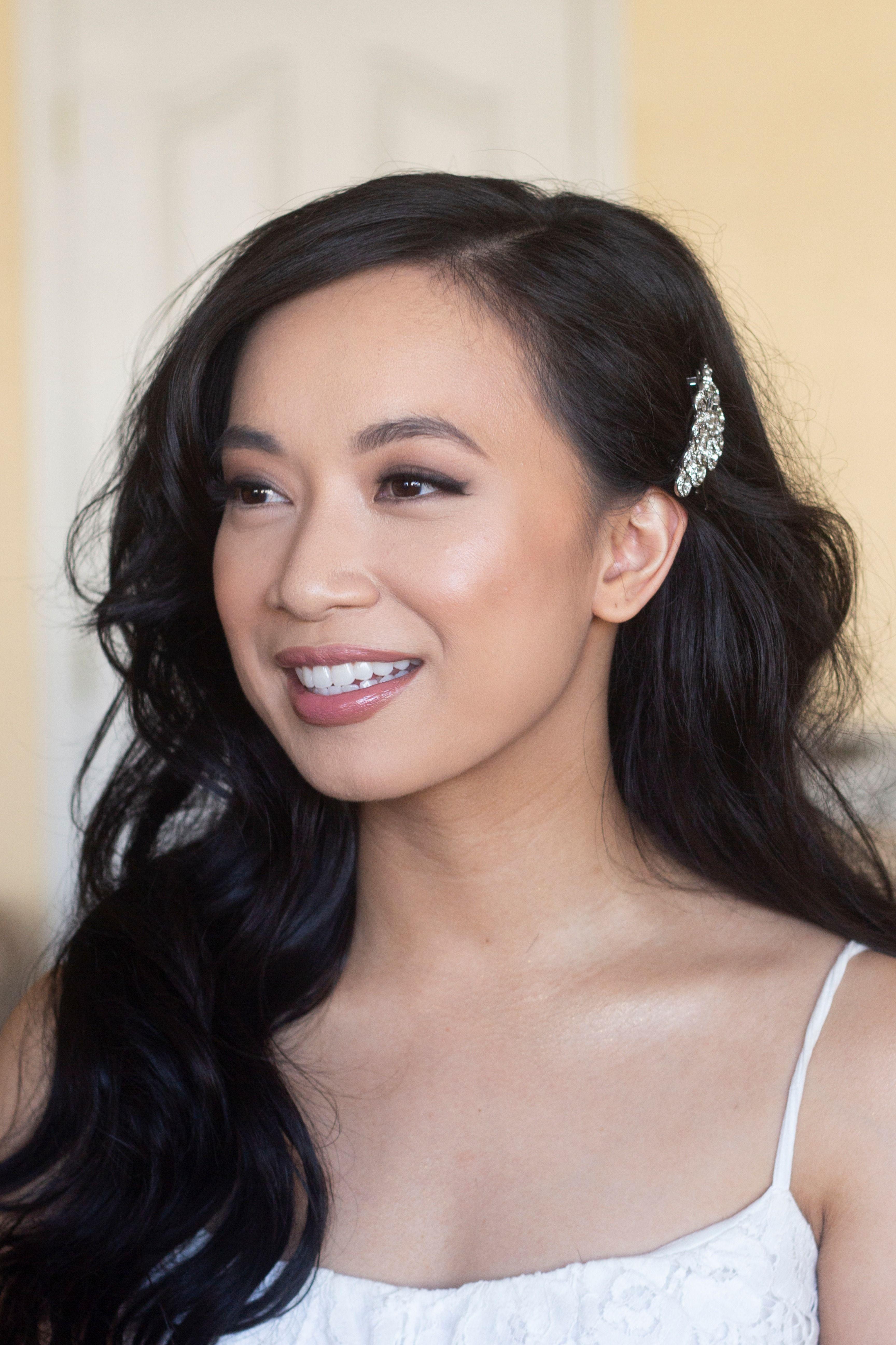 Natural Glowy Asian Wedding Makeup