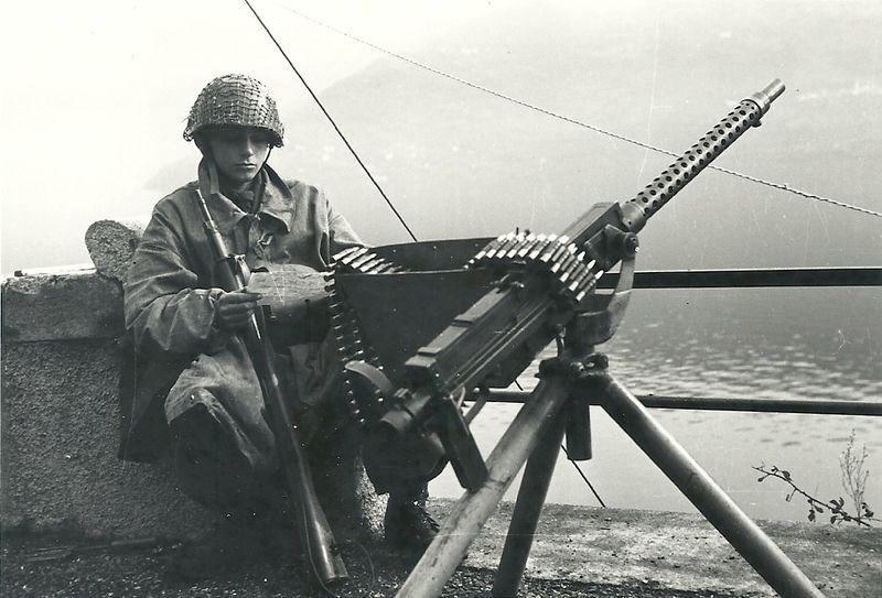 Italian breda safat 77 heavy machine gunis particulat gun was italian army sciox Images
