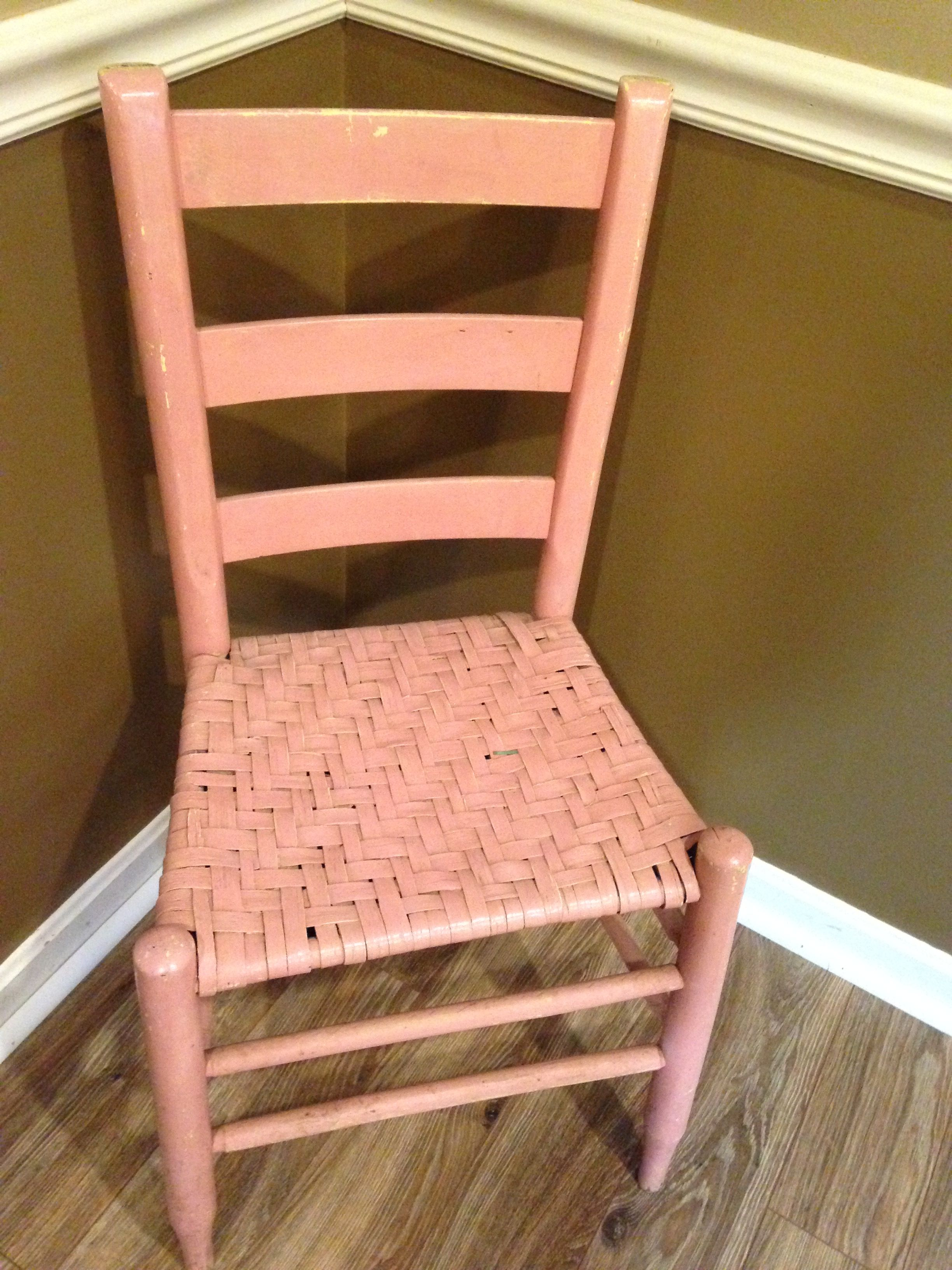 Starting antique child's chair