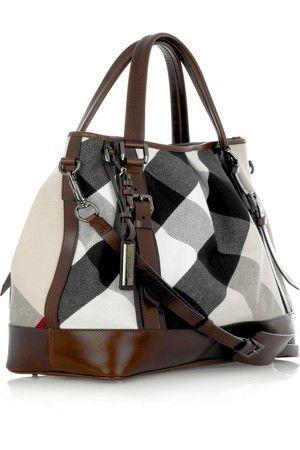 Burberry bag   Handbags   Pinterest   Bolsos cartera, Mochila ... 1643a85672