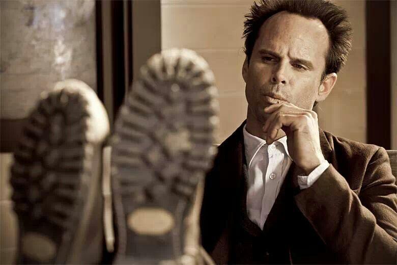 Walton Goggins-- Justified .. Those boots lol