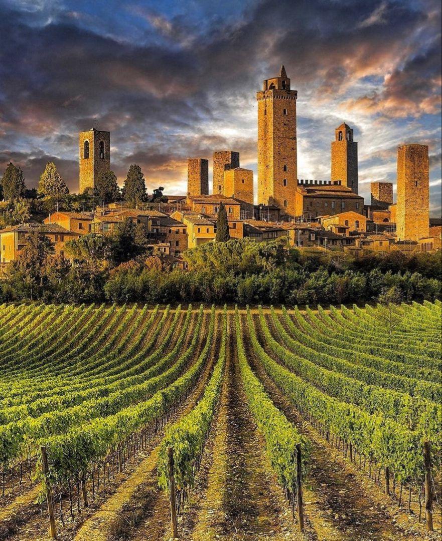 Que ver y hacer en la Toscana. Aquí tienes la mejor ruta a seguir para descubrir la auténtica Toscana #latoscana #toscana #italia #viajes #viajar #viajaraitalia #europa #europetravel #viajarporelmundo #travel #traveltips #travelphotography #traveldestinations #destinos #ruta #roadtrip