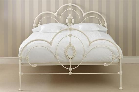 Simple Steps For A Vintage Bedroom Iron Bed Frame Bedroom Vintage White Iron Beds White metal full size bed
