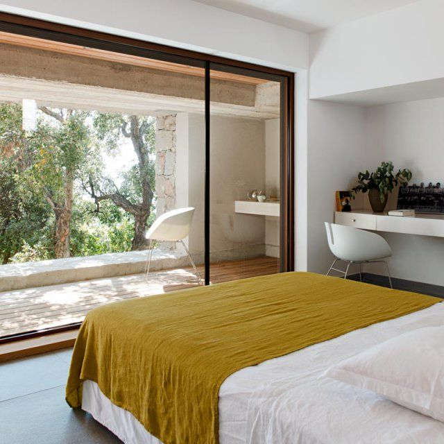 Où placer son lit pour mieux dormir ? Extensions, Window and Bedrooms