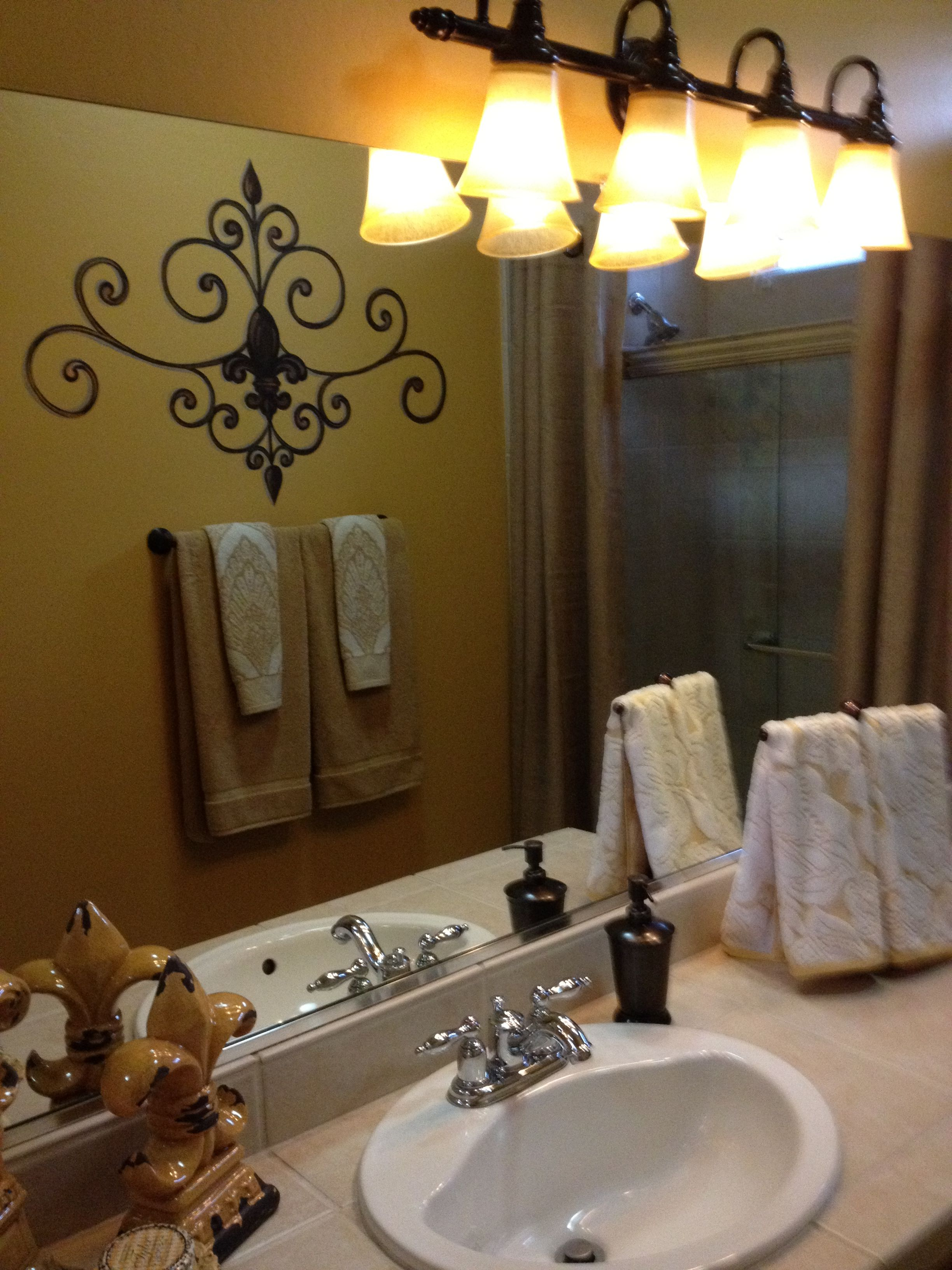 Fleur De Lis Bathroom Love Tuscan Decorating Bathroom Decor
