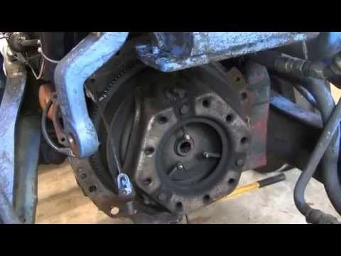 HOW TO REMOVE AND REPAIR A FORD TRACTOR TRANSMISSION WITH