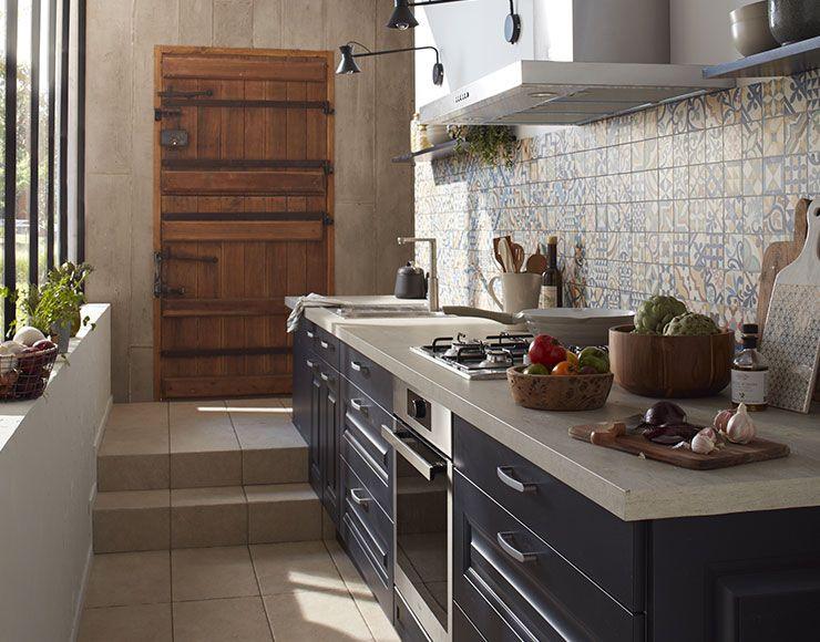 Castorama Cuisine Candide Bleu Bien Pensée Sur Toute La Ligne - Poignee porte meuble cuisine castorama pour idees de deco de cuisine