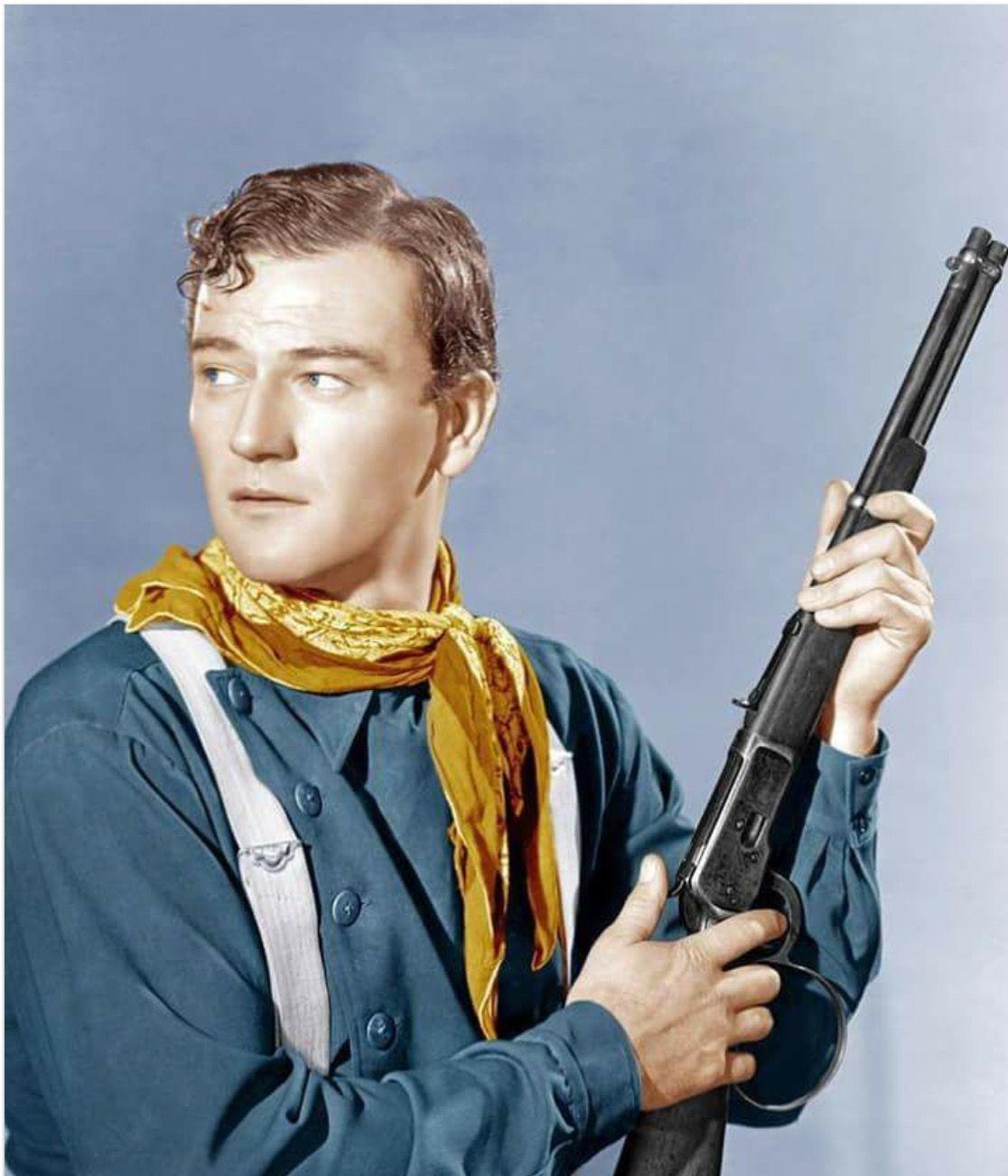 Pin By Larry Cooper On Dzhon Uejn John Wayne John Wayne Movies Wayne