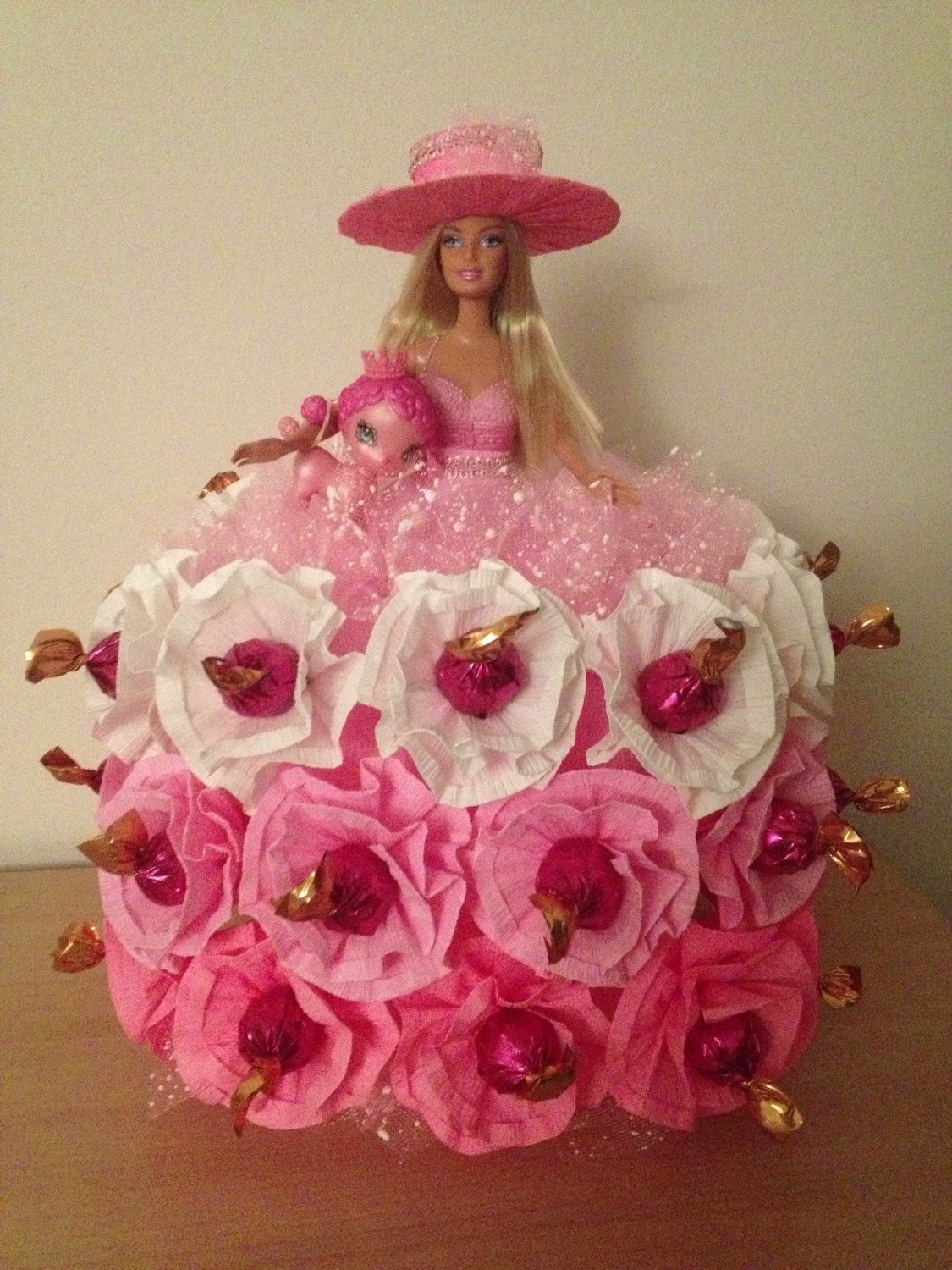 Chocolate bouquet on pinterest candy flowers bouquet of chocolate - Dolls Made With Candy Godiva Chocolate Candy Barbie Doll Toy Birthday Party Valentin Day Candy Bouquetbarbie
