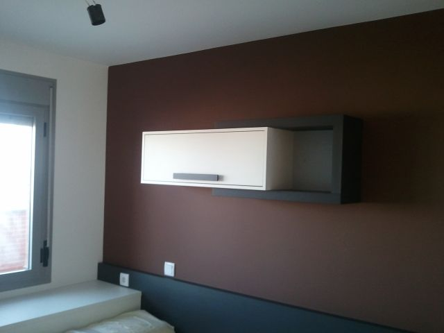 Pintura Plastica Color Blanco y Chocolate – Marron