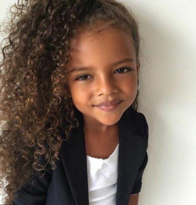 Coiffure Enfant Avec Des Vanilles Pour Fille Afro Cheveux Crepus