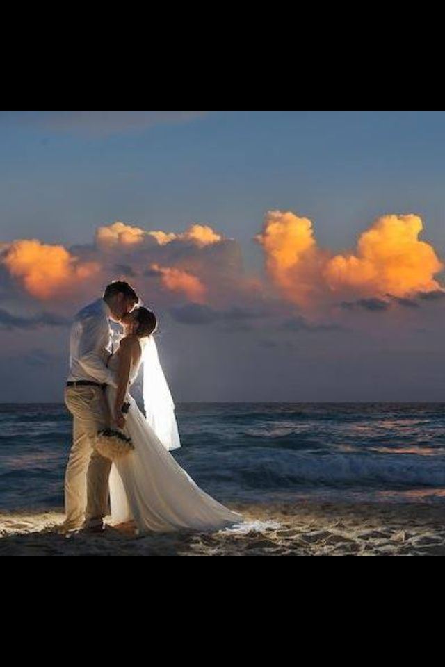 Now this is true beauty! A fairy tail looking picture and a couple that is madly in love!  #destinationwedding
