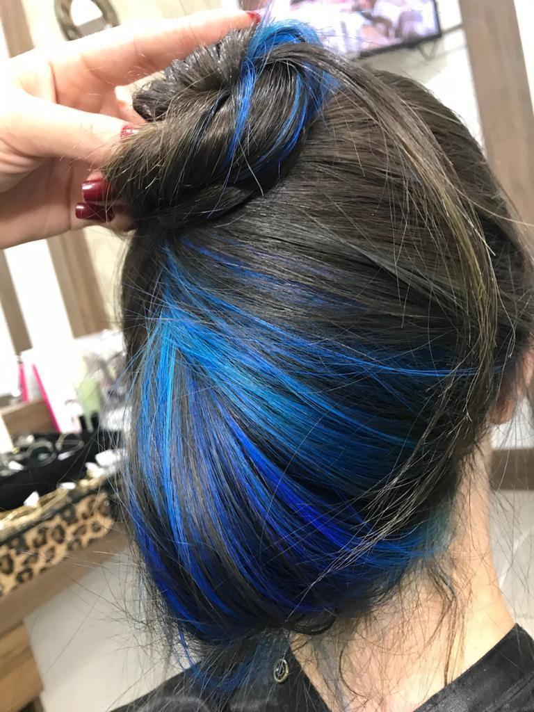 cabelo azul | Cabelos pintados, Cabelos tingidos, Cabelo lindo