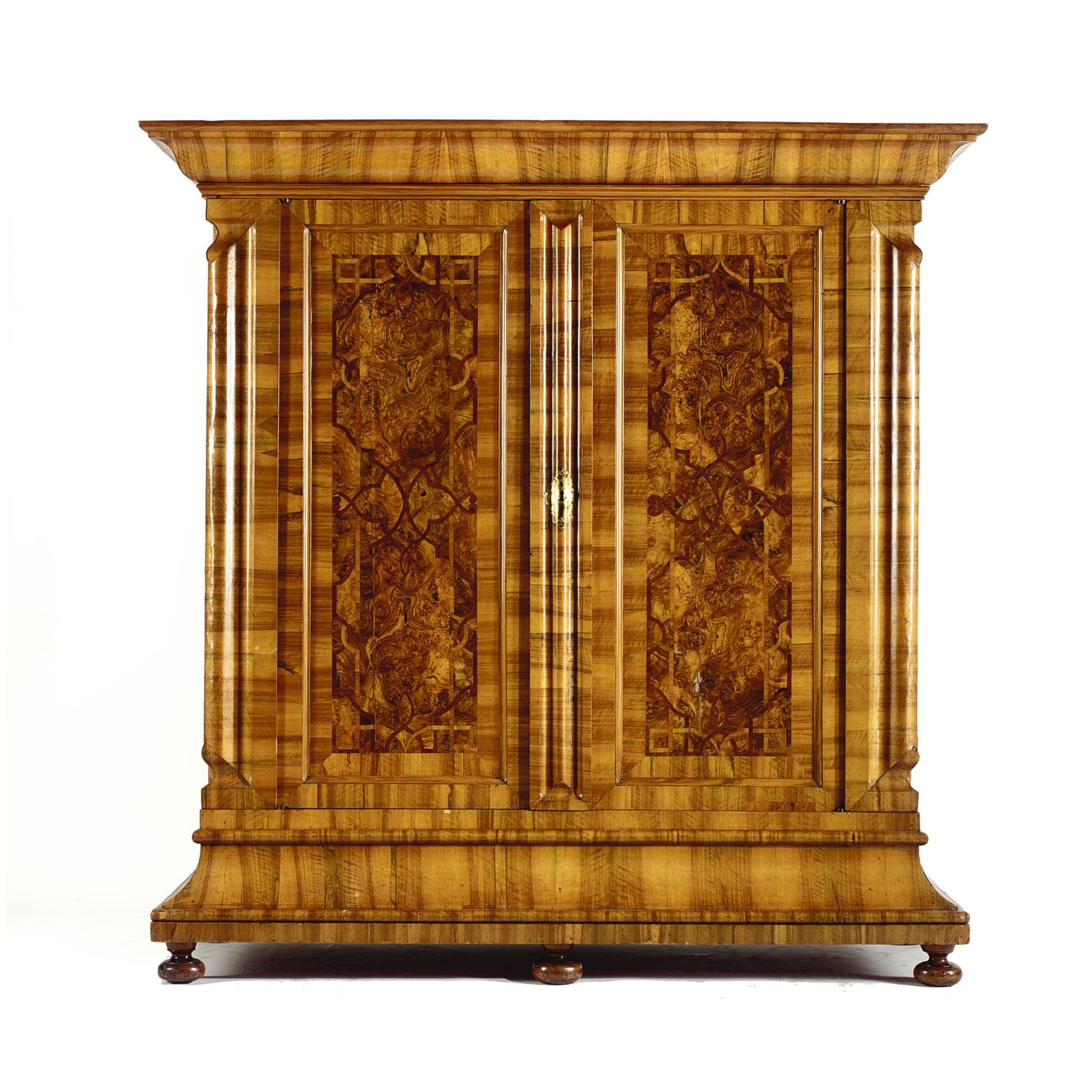 Meubles Zurich A Swiss Walnut Burr Walnut And Fruitwood Banded Nasenschrank