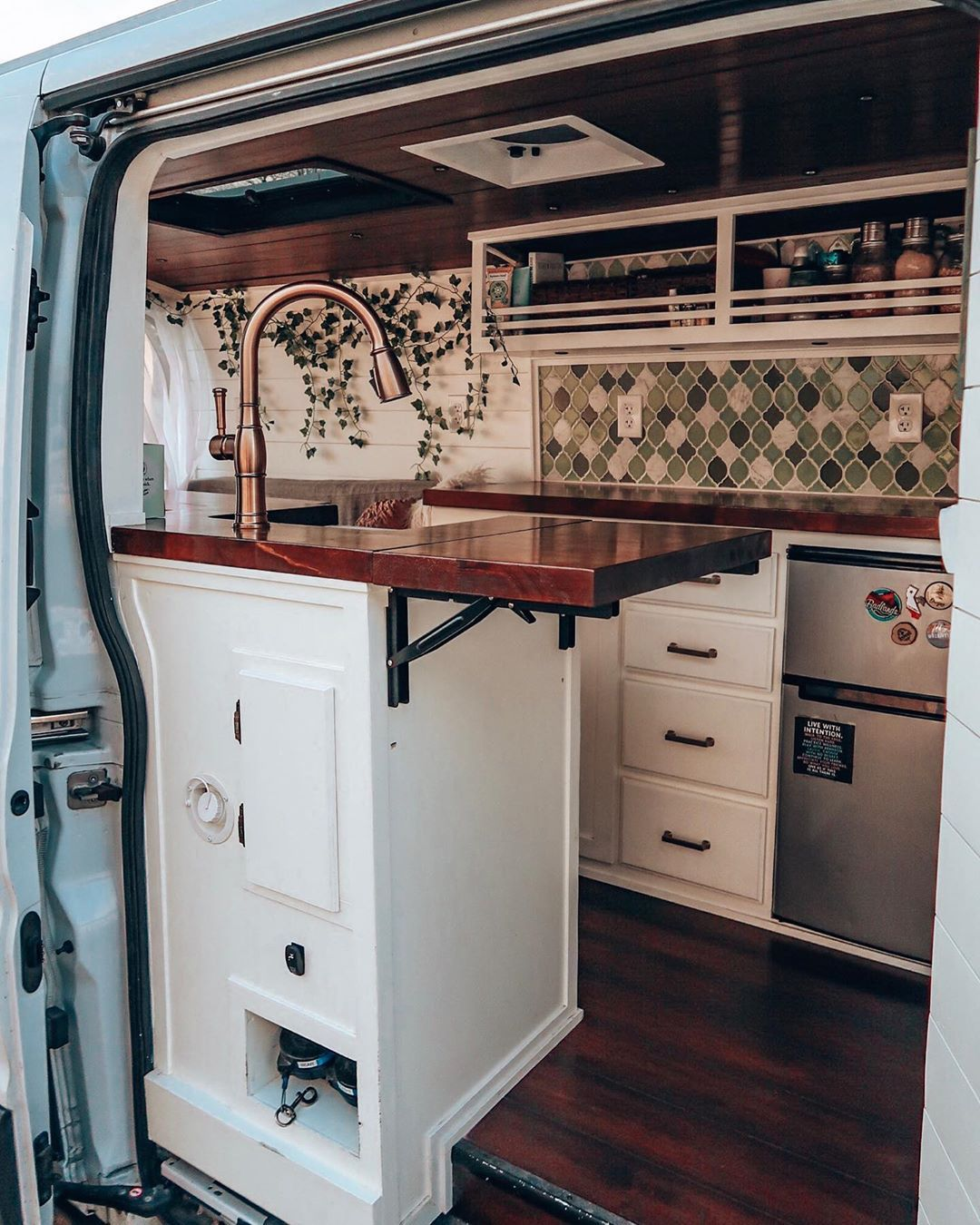 """Photo of Kristin Holden on Instagram: """"I was determined to have as much countertop space as possible in this van! Most of you weren't following me back when I first hit the road.…"""""""