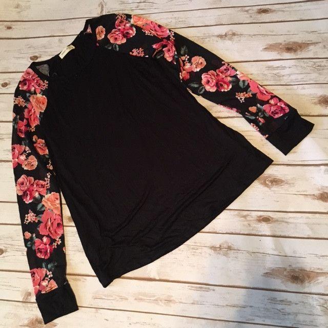 Floral long sleeve- black