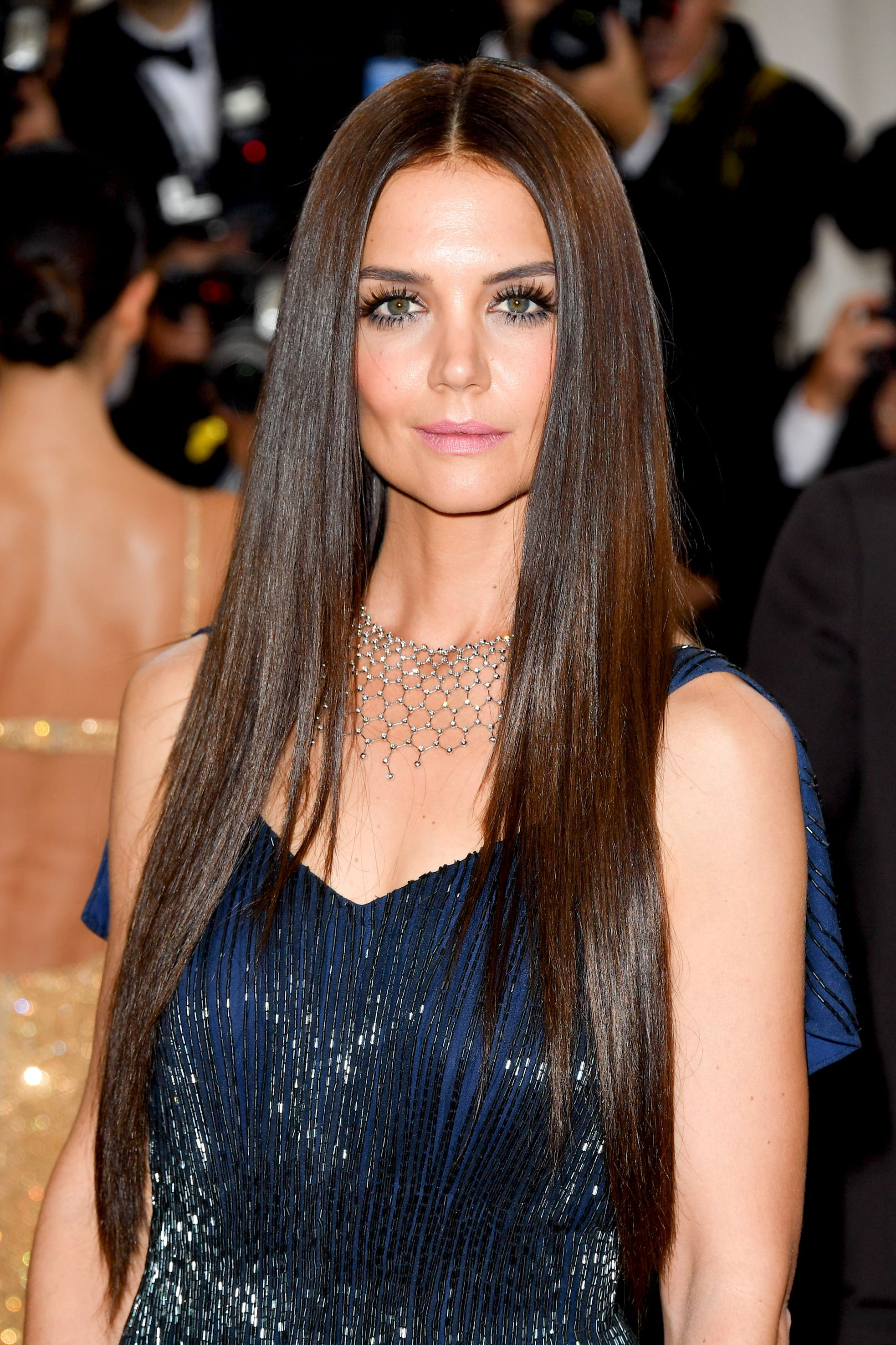 25 Celebrity Brunettes To Inspire Your Next Dye Job Beautiful