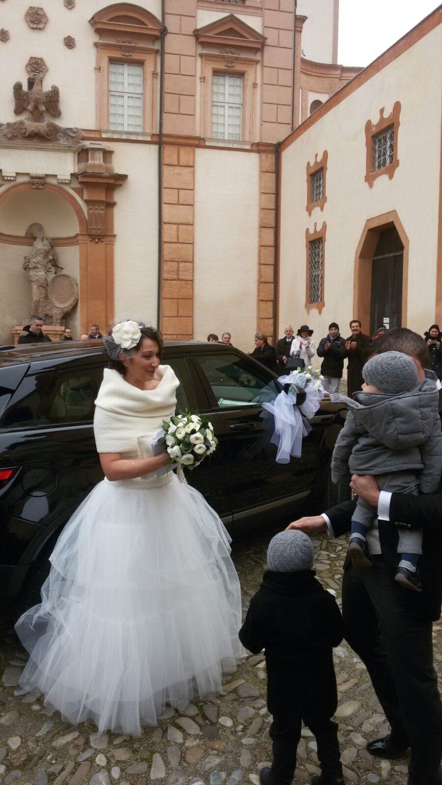 buy popular a12e7 43377 sposi, sposa, coprispalle di lana, cerchietto con fiore e ...