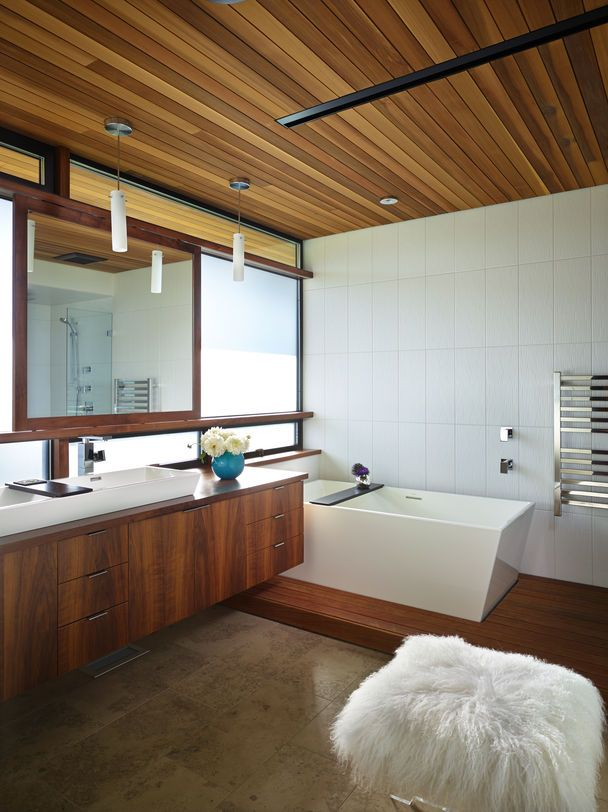 Modern Master Bath With Cedar Ceiling Http Seattletimes Com Html Pacificnw 2023051870 Mid Century Modern Bathroom Bathroom Design Wood Modern Bathroom Design