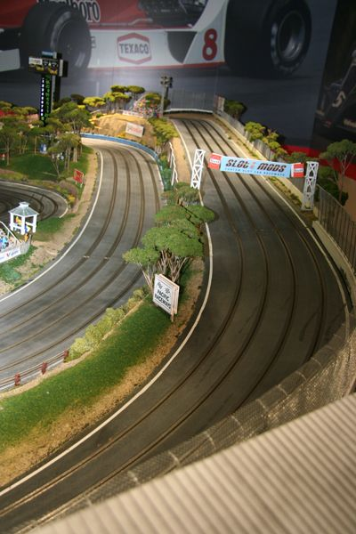 LeMay Museum : Slot Cars, Slot Car Track Sets, Digital Slot