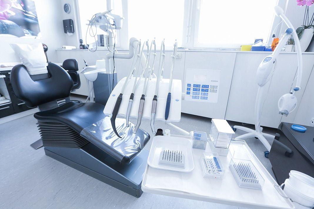 adec dental chair weight limit