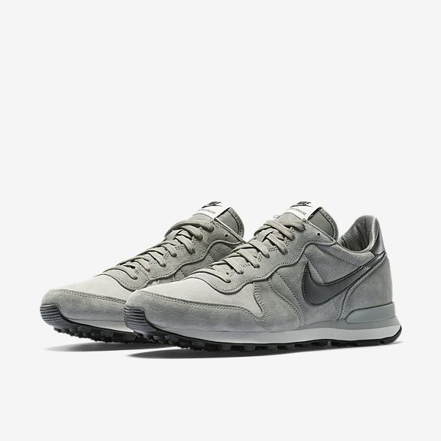 reputable site dd89e ee0c5 Nike Internationalist Leather Men s Shoe. Nike Store